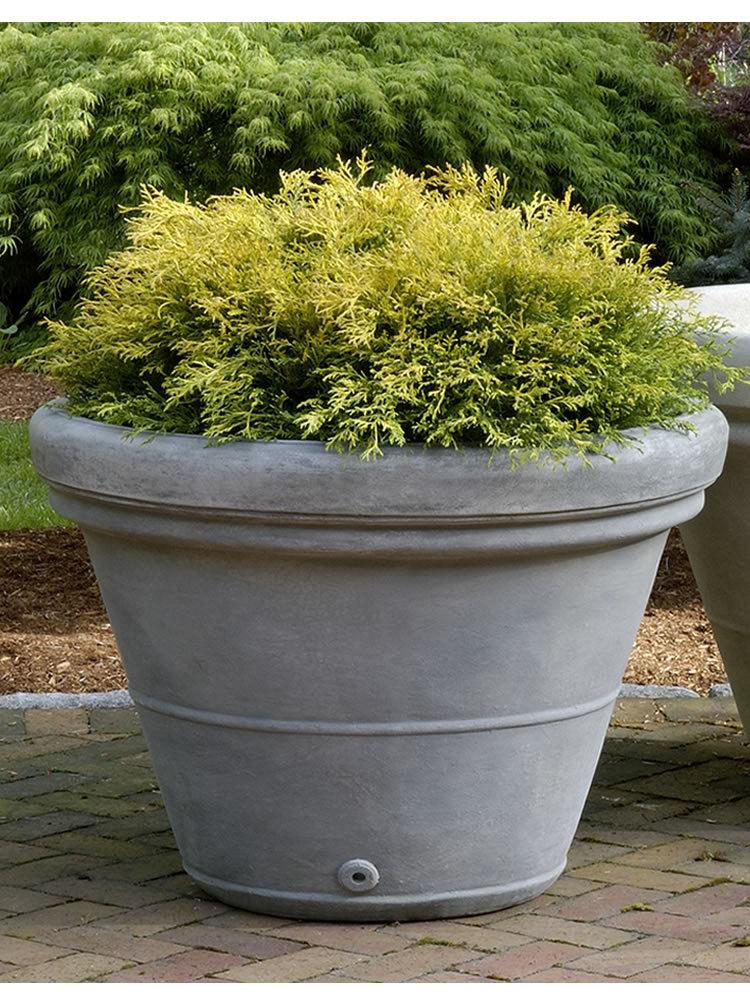 Estate Rolled Rim Medium Planter