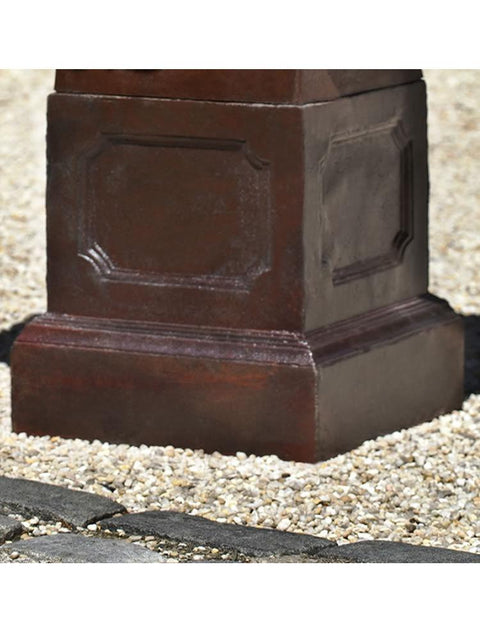 Hastings Pedestal in Wax Rust