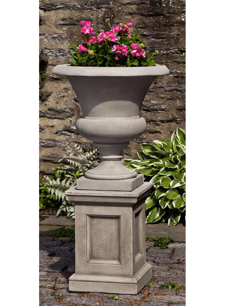 Wilton Urn on Barnett Pedestal