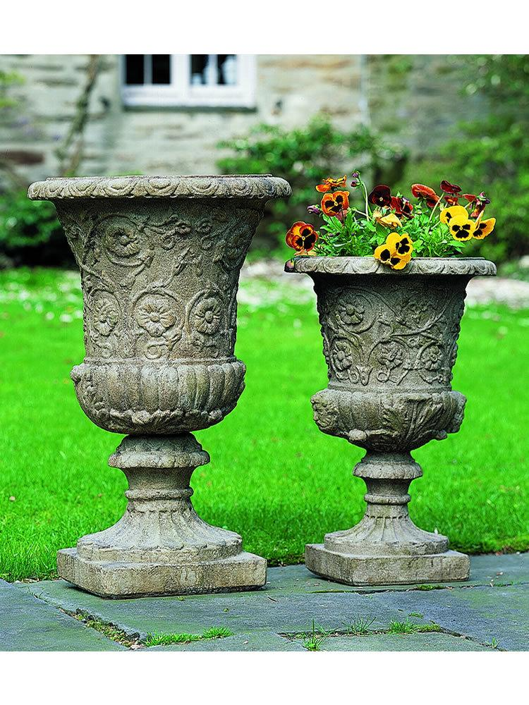 Farnese Urn Set