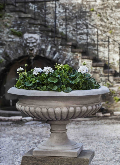 Set of 2 Kingscote Urns with FREE Plants