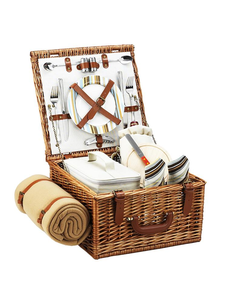 Cheshire Basket for two with Blanket in Santa Cruz
