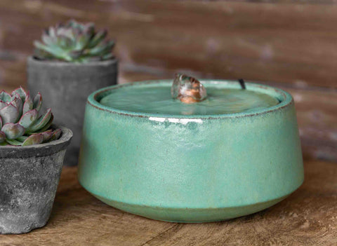 Small Scandia Fountain in Seafoam
