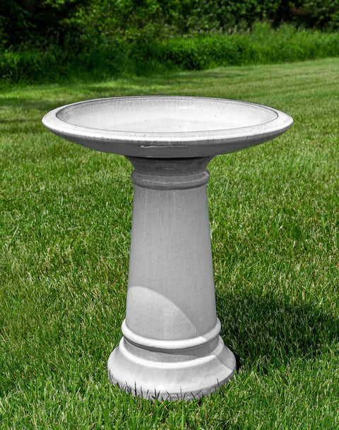 Birdbath in Antique White