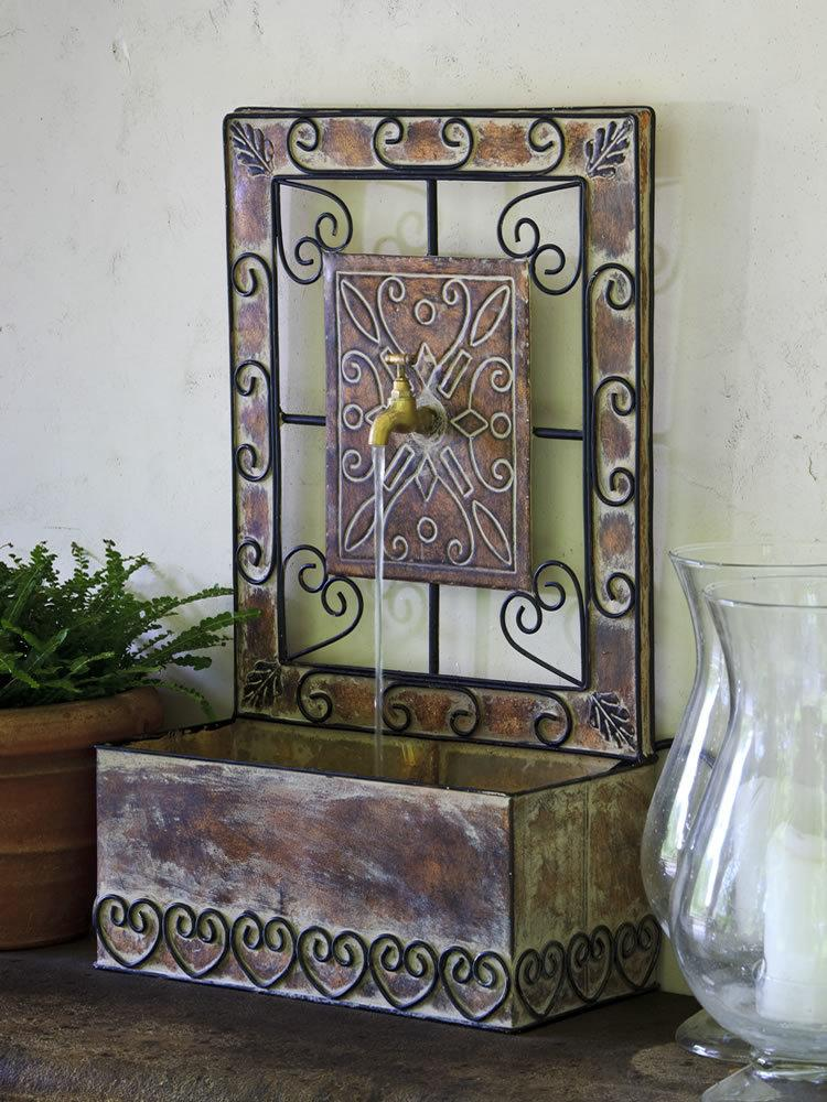 Montera Wall Fountain in Rust Antique