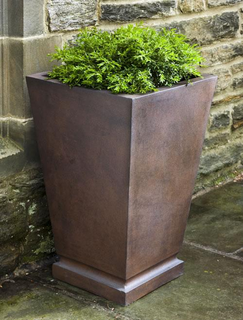 Westmere Planter - Large in Rust Lite