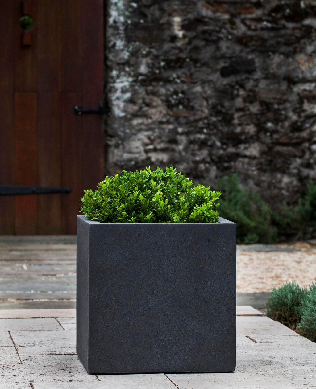 Farnley Large Planter - Lead Lite