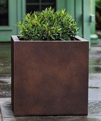 Farnley Planter - Set of 3 in Rust Lite