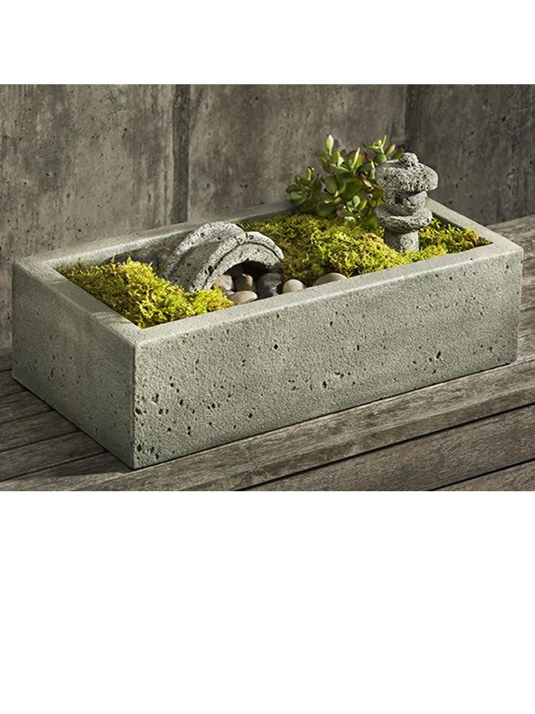Small Vela Planter with Tranquility Garden Set