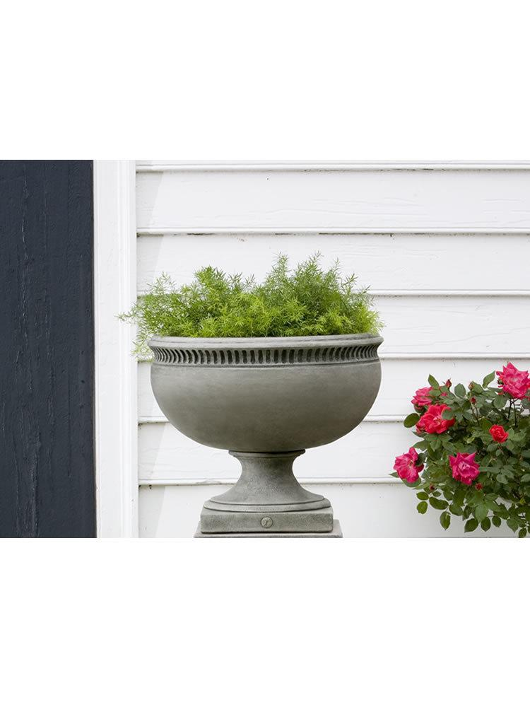 Williamsburg Tayloe House Urn Garden Planter