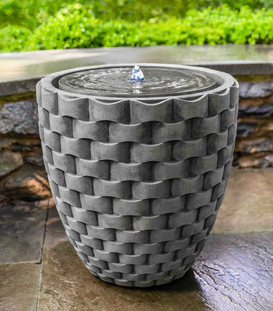 M Weave Disc Fountain
