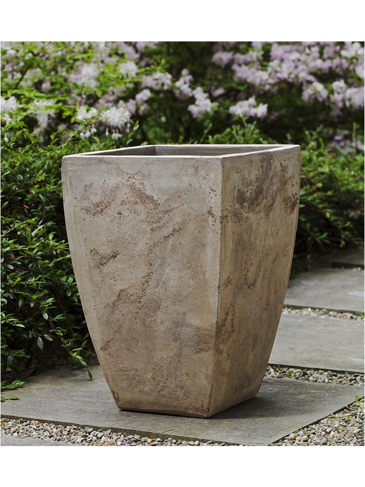 Square Brasilia Planter - Set of 3 in Antico Terra Cotta