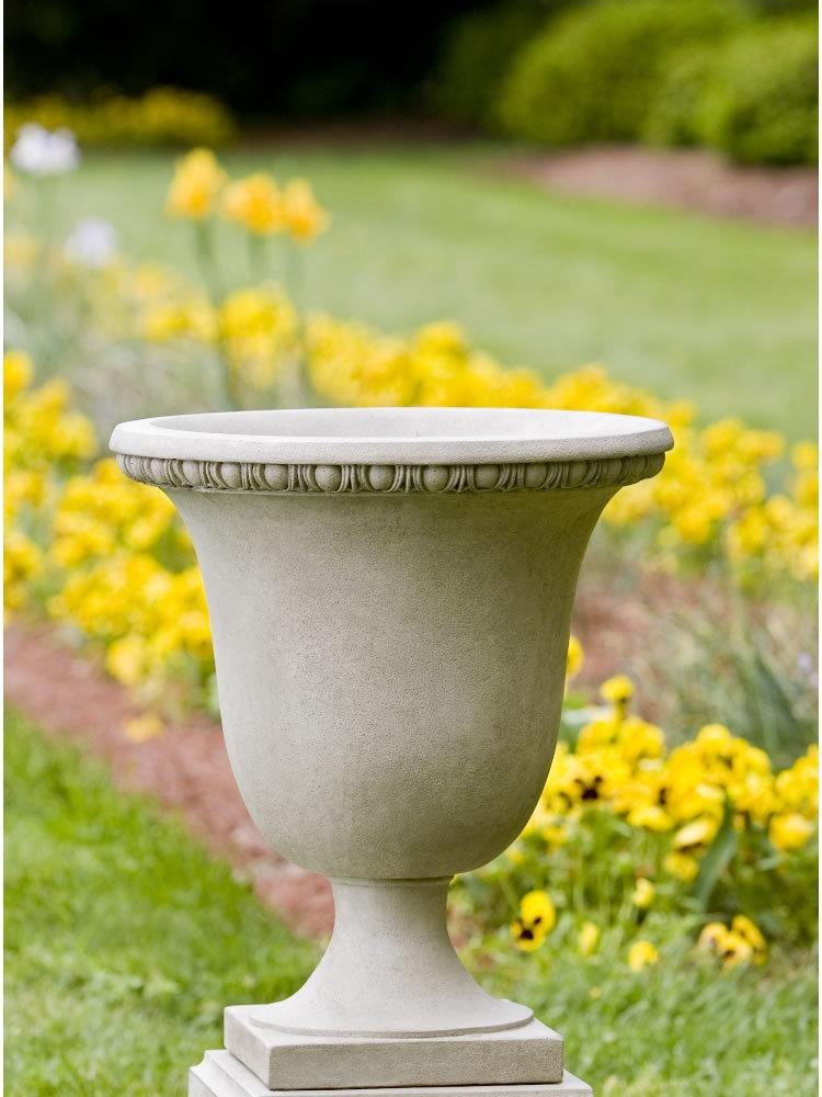 Williamsburg Egg & Dart Urn Garden Planter