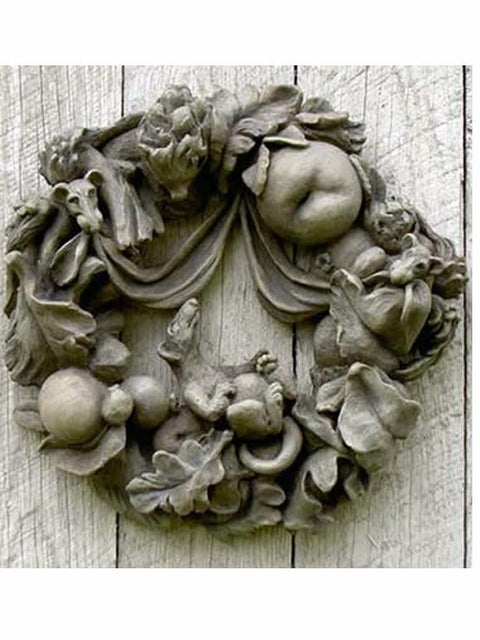 Wreath with Rats
