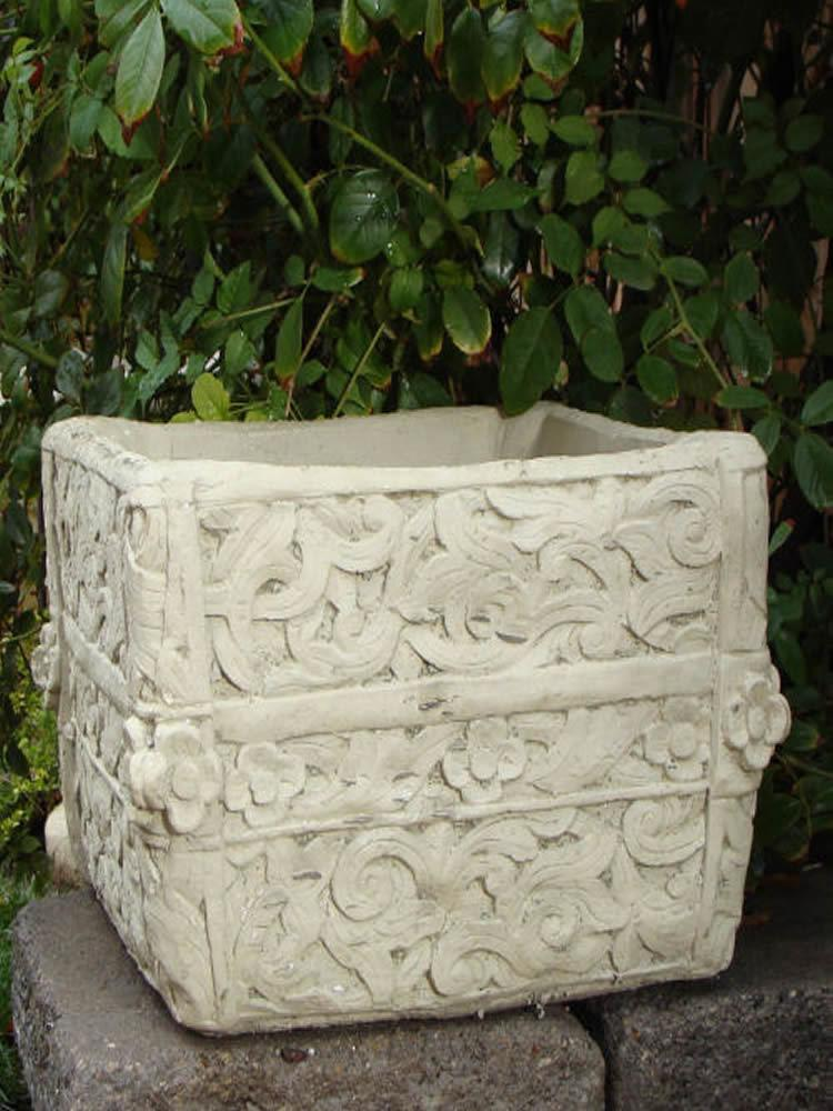 Square Fretted Pot