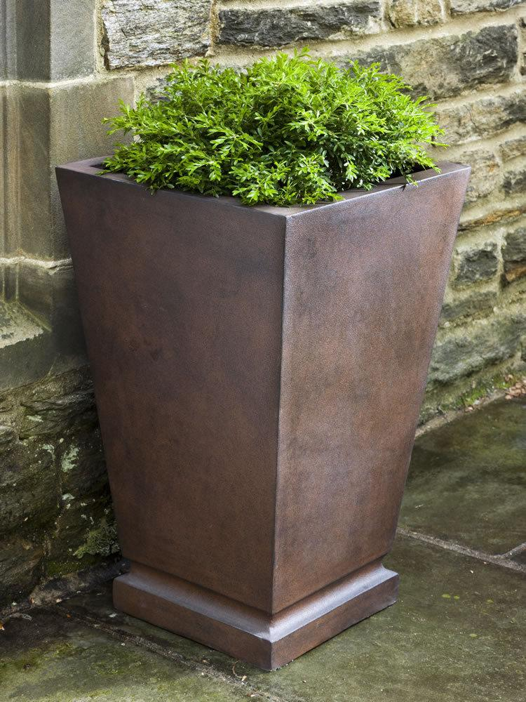 Westmere Planter in Rust Lite