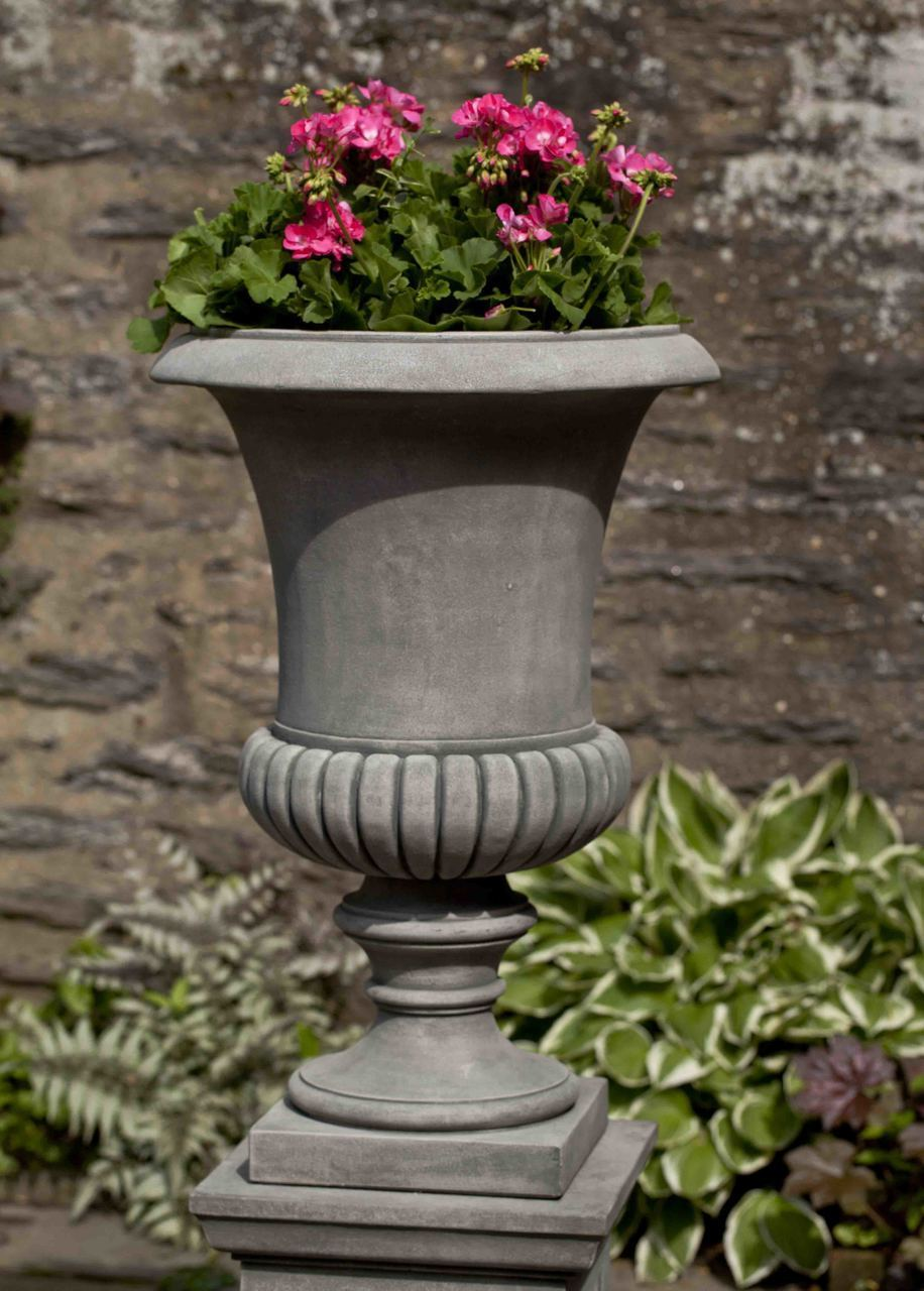 Set of 2 Kent Urns with FREE Plants