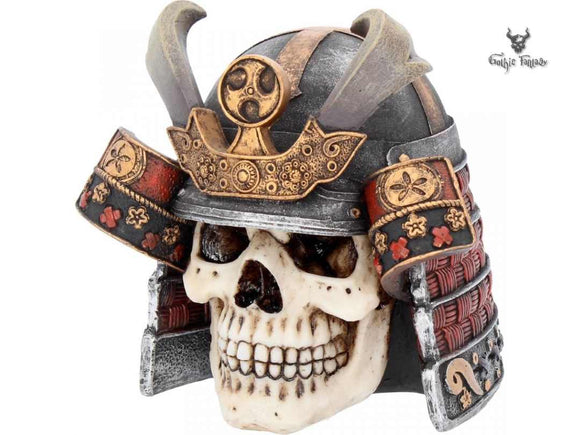 Skull is wearing a Samurai Headdress