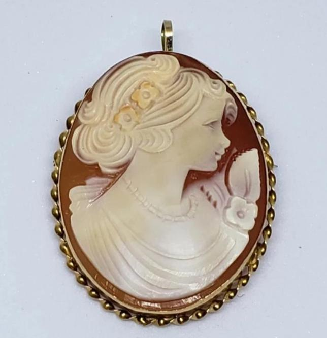 Vintage Shell Cameo Brooch and Pendant by APA