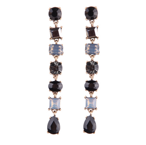 HORIZONTAL LUSH BLACK EARRINGS