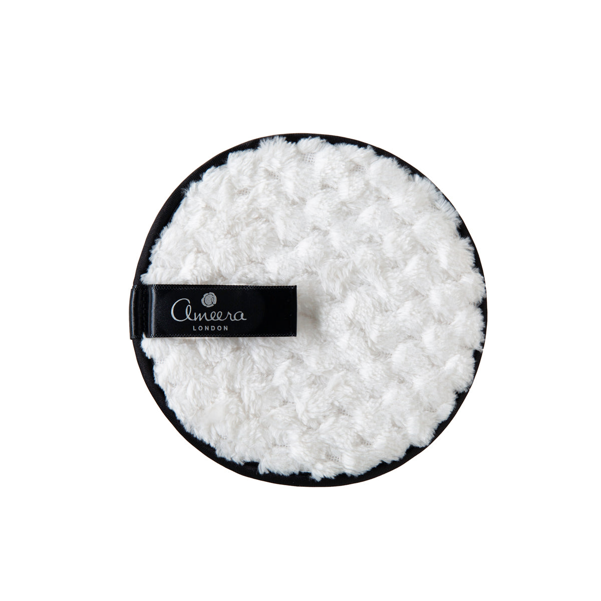 Ameera London's makeup remover pad quickly and easily removes makeup, with It's micro fiber cloth and some pure Rose water or our Liquid Gold pure Argan oil, or water only. It;s non-toxic , reusable and alternative source to wipes. It replaces up to 500 single-use makeup wipes.No need to scrub or rub, our makeup remover pad is perfect for sensitive and Blemish-prone skin.