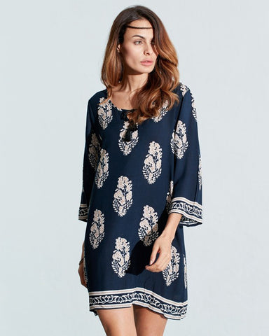 Loose 3/4 Sleeve Shift Dress for Plus Sizes