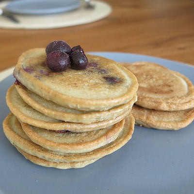 6 Ingredient Blueberry Crumpets  I  Dairy & Wheat Free