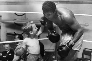 MUHAMMAD ALI - CASSIUS AND THE KID