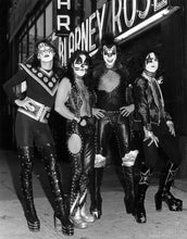 KISS HAND SIGNED DEBUT ALBUM WITH HISTORIC PHOTOGRAPH