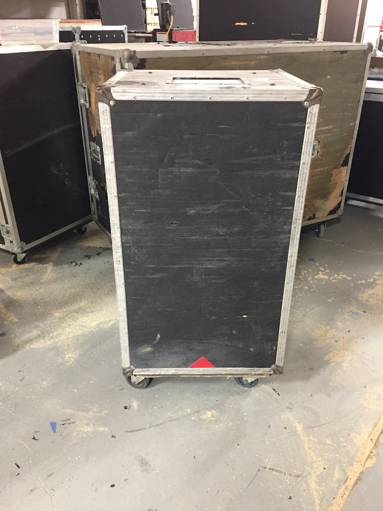 Used 18RU Rack Case