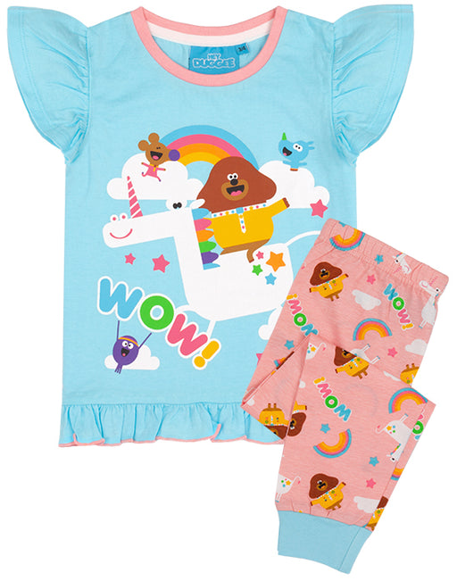The pyjama set for children and toddlers comes in sizes 18-24 months, 2-3 years, 3-4 years and 4-5 years offering a comfortable and regular girls fit made for ultimate comfort perfect for everyday Squirrel Club adventures!