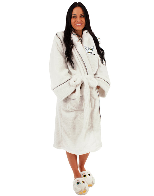 ONESIZE HEDWIG NIGHTWEAR ROBE  - This adults Harry Potter dressing gown comes in onesize that fits most! This super cosy and comfortable sleepwear robe is awesome for keeping warm throughout those colder days and nights - perfect for Harry Potter fans!