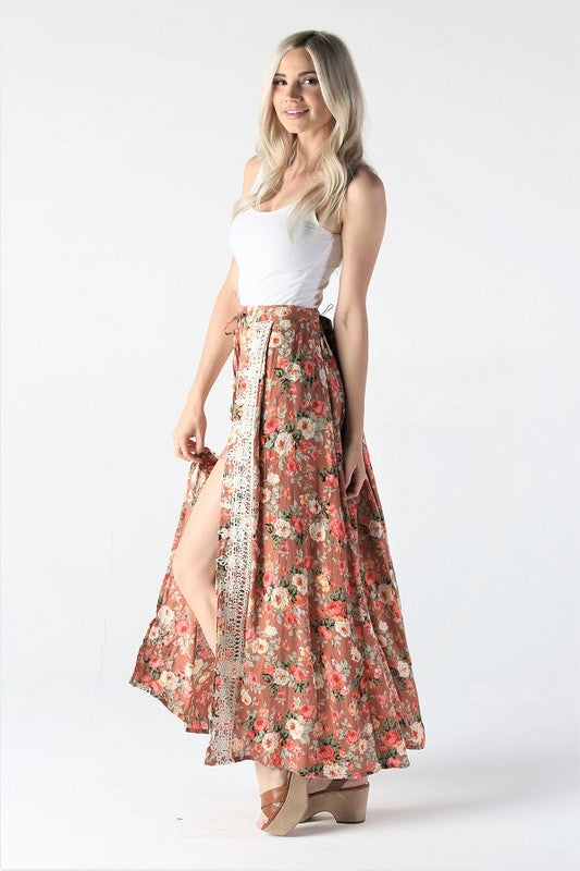 FLORAL PRINT WALK THRU SKIRT