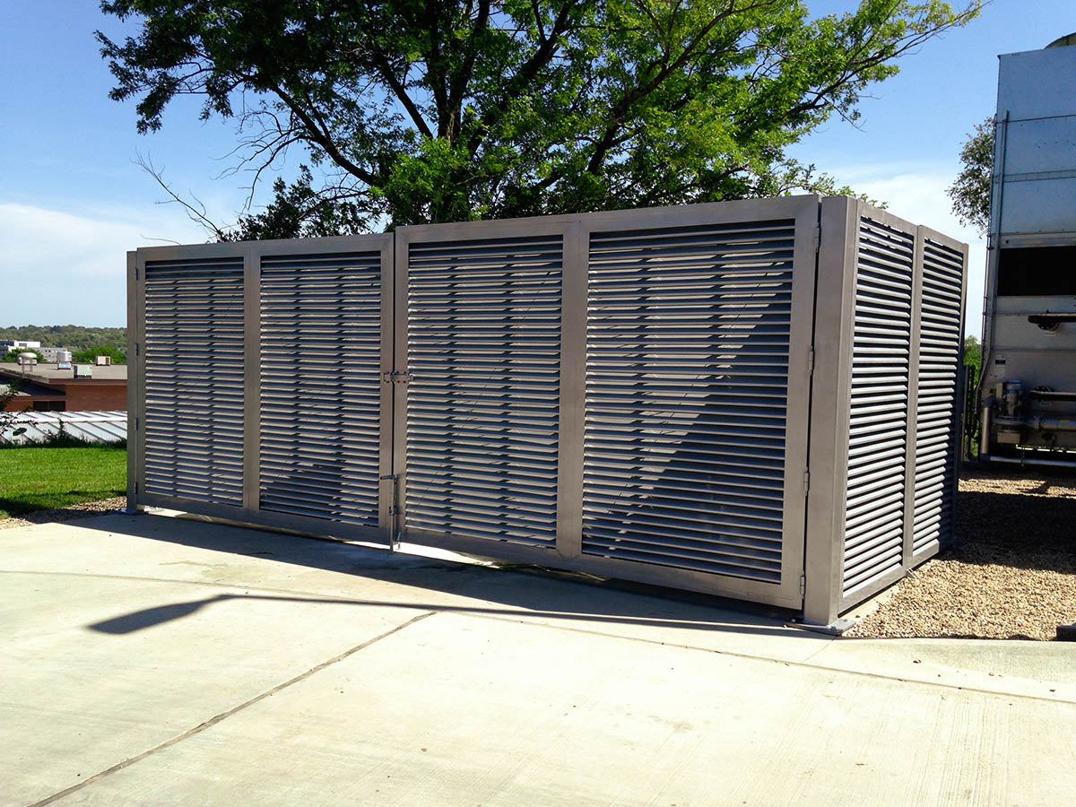 Commercial Louvered Fence