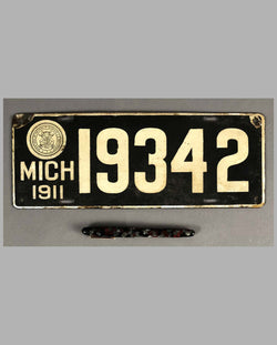 1911 Michigan enamel license plate