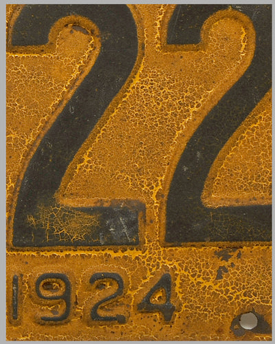 1924 Pennsylvania license plate, painted stamped metal 2
