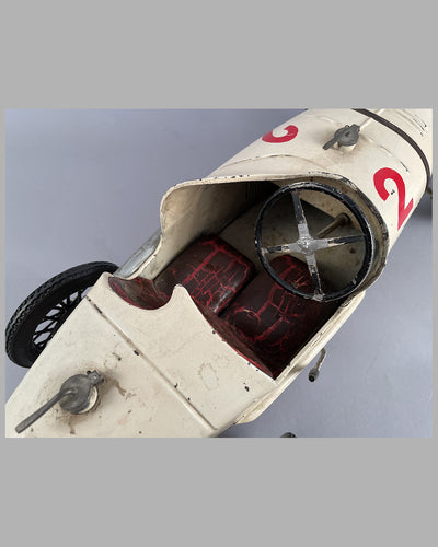 Alfa Romeo P2 wind up tin plate toy 2