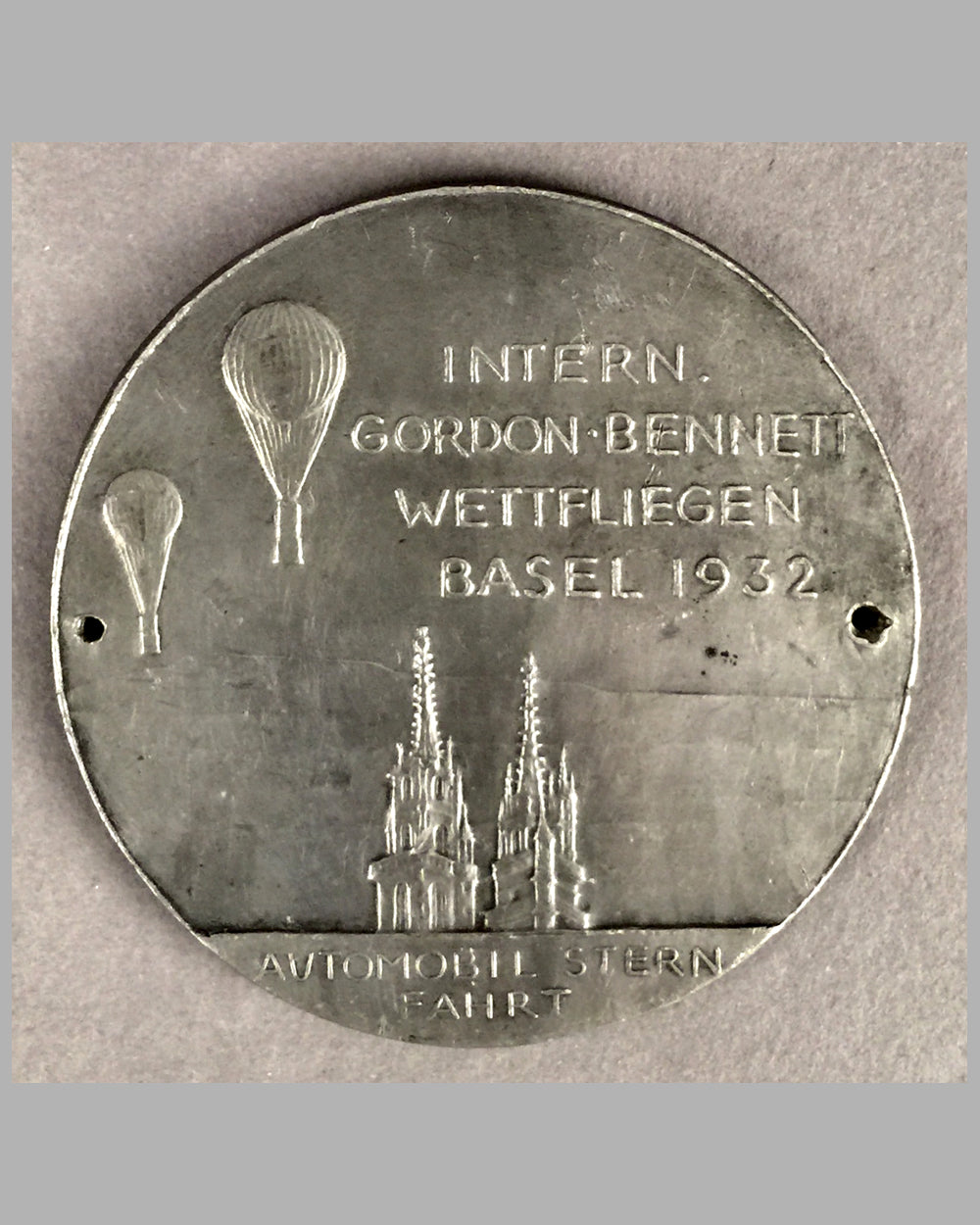1932 International Gordon Bennett balloon race in Basel Switzerland pewter badge