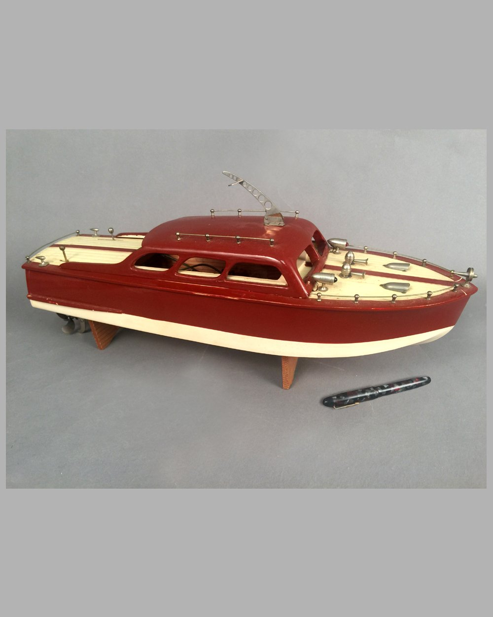 Wooden Chris Craft cabin cruiser wood toy boat