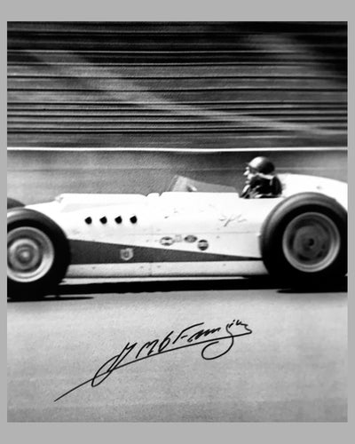 1958 Indianapolis 500 b&w photograph autographed by Juan Manuel Fangio 2