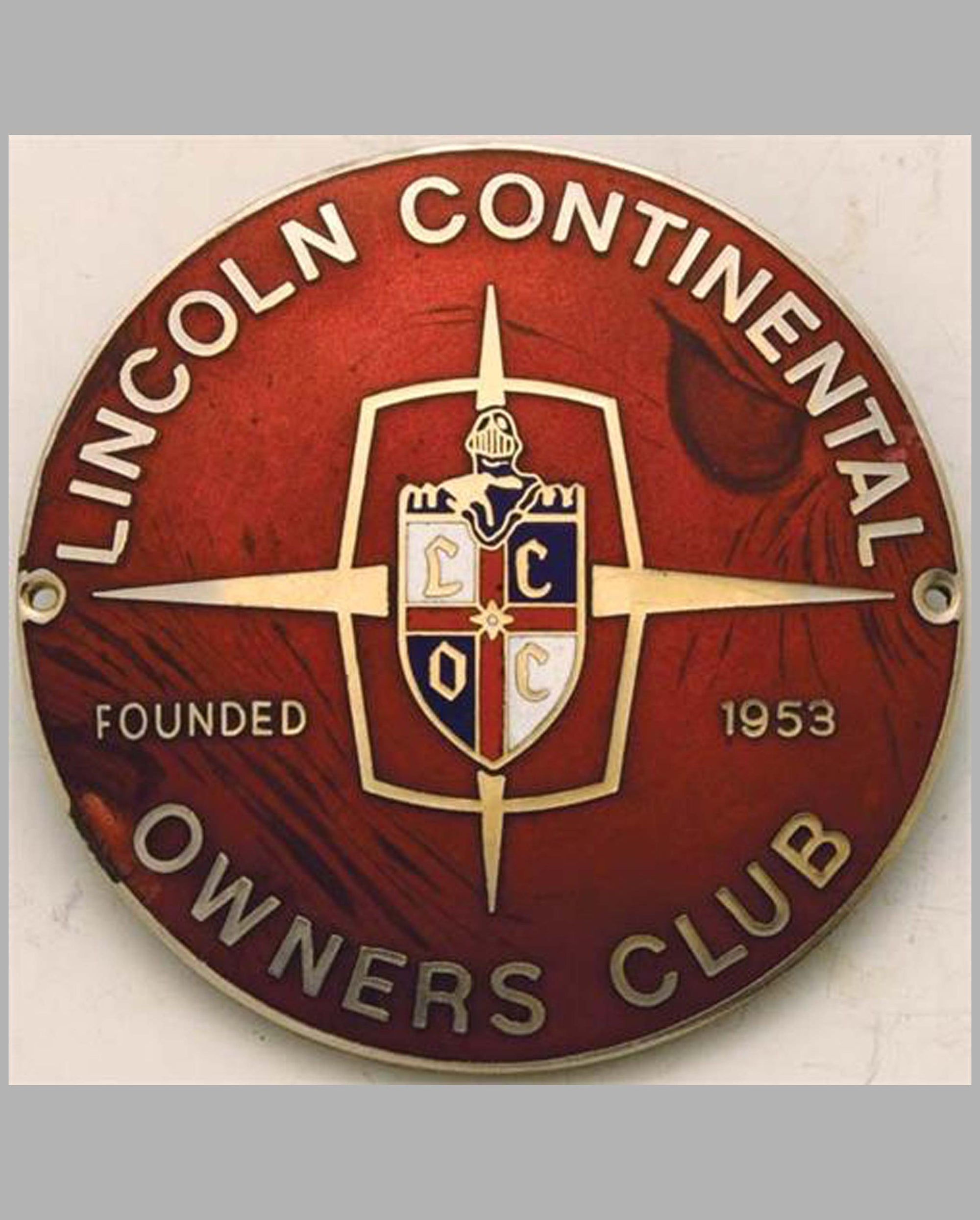 Lincoln Continental Owner's Club member's grill badge