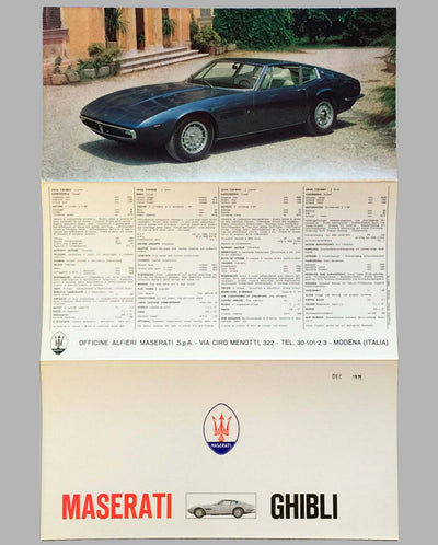 Maserati Ghibli original factory brochure open