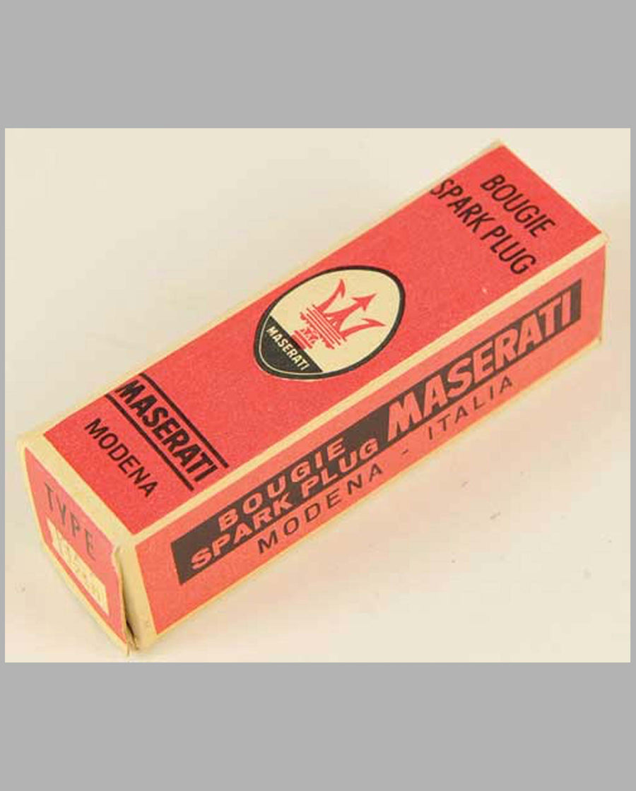 Maserati Spark Plug in original box, type FL225M