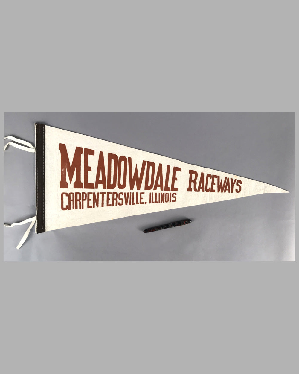 Meadowdale Raceways Carpentersville, Illinois pennant