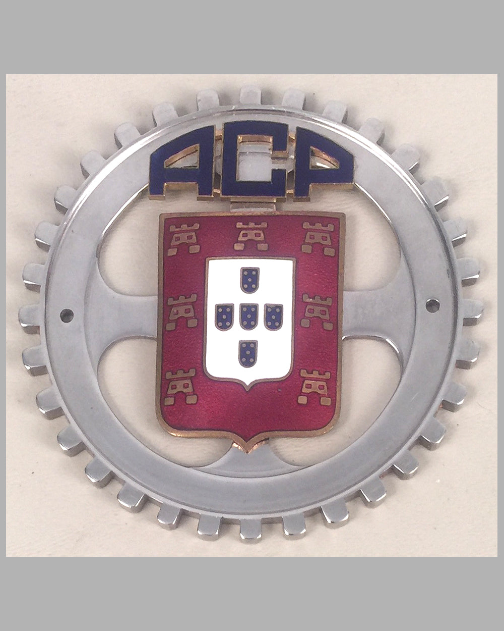 Automobile Club of Portugal grill or bumper badge