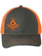 Load image into Gallery viewer, Widows Sons Skull & Compass Hat