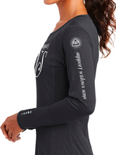 Load image into Gallery viewer, WS Script Endurance Women's Long Sleeve Pulse Crew