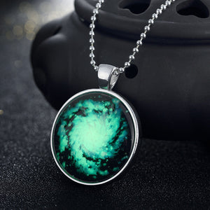 Universe Interstellar Star Necklace Glowing Pendant Silver Plated Glow In The Dark. FREE SHIPPING