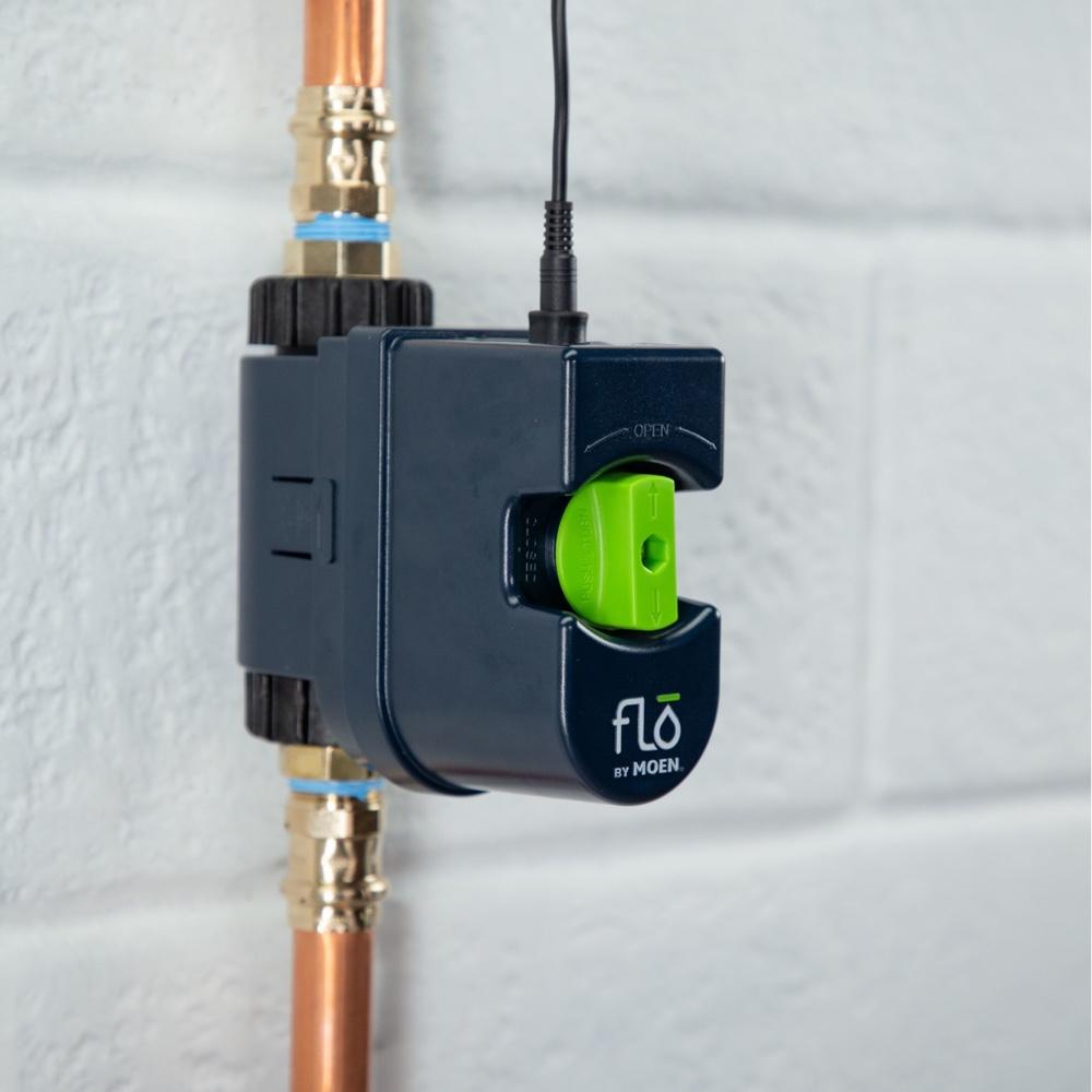 Flo by Moen 3/4-Inch Smart Water Shutoff (for Works with Ring) -