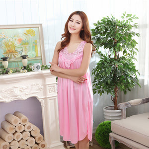 Wholesale  Summer Imitation Silk Spaghetti Strap Nightgown Lace Appliques Hem Home Wear Solid Nightgowns for Women